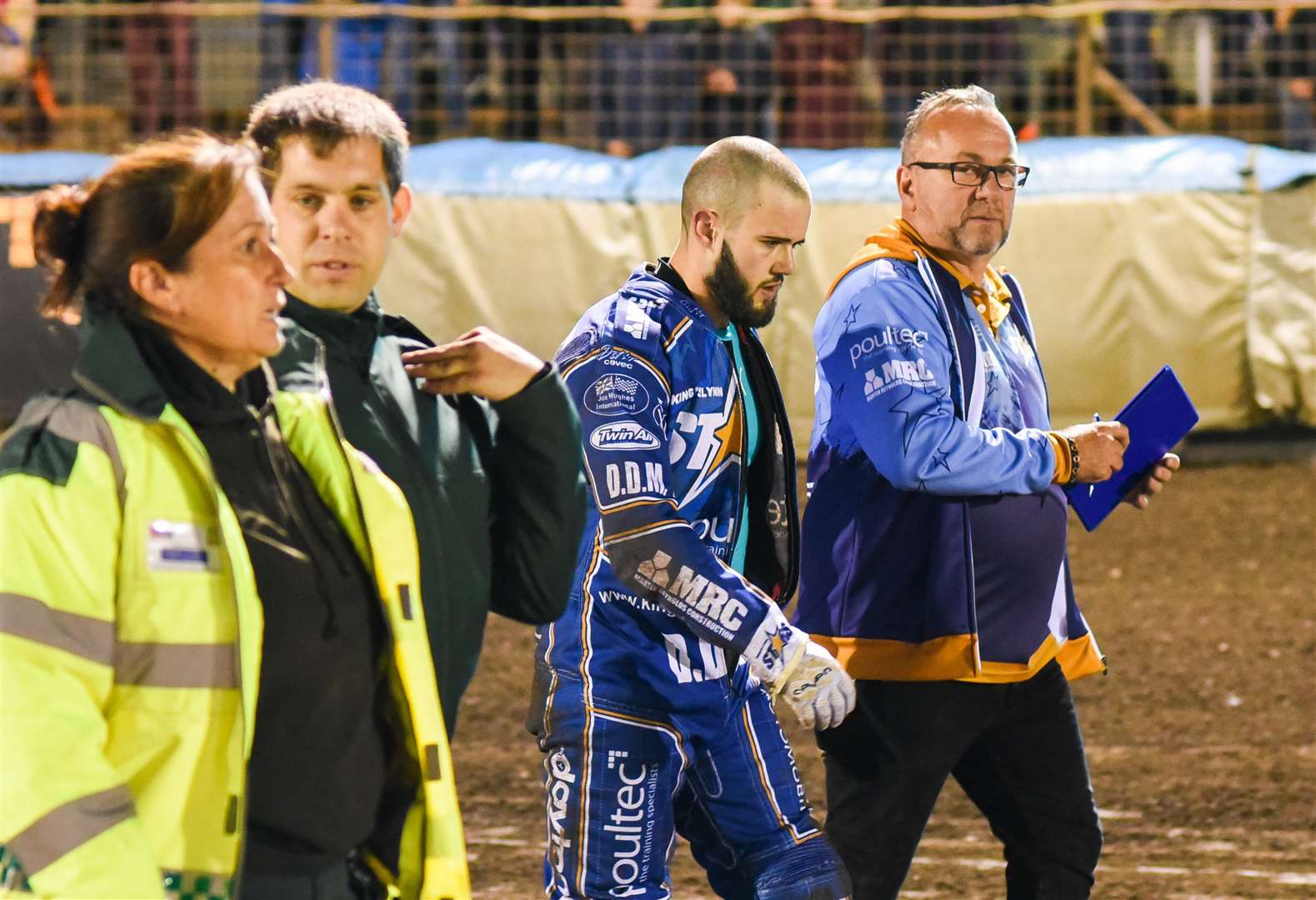 Stars complete busy spell of fixtures with trip to Belle Vue