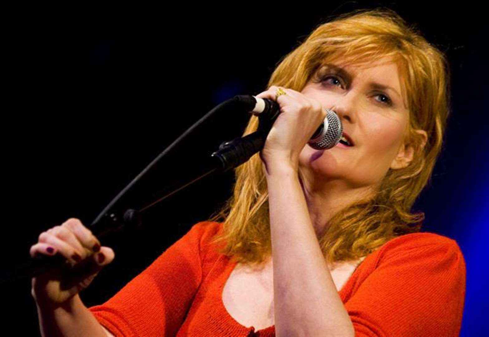 KING'S LYNN FESTIVAL CONCERT REVIEW: Eddi Reader at St George's Guildhall