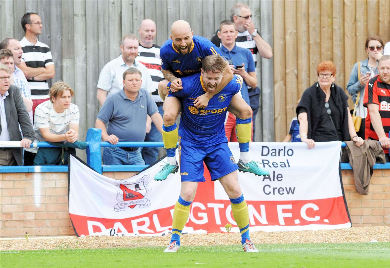 Linnets out to maintain perfect home record in huge top-of-the-table clash tonight
