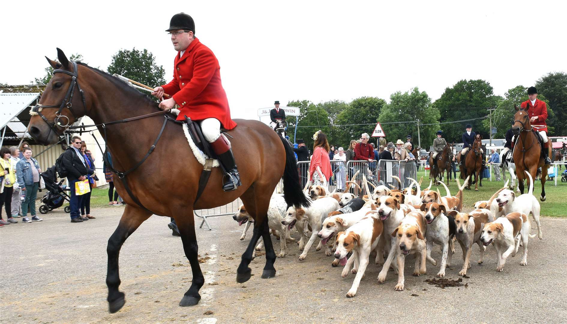 The Royal Norfolk Show Norwich, Day Two Thursday 27th June 2019..West Norfolk Foxhounds at the Showground. (13094919)