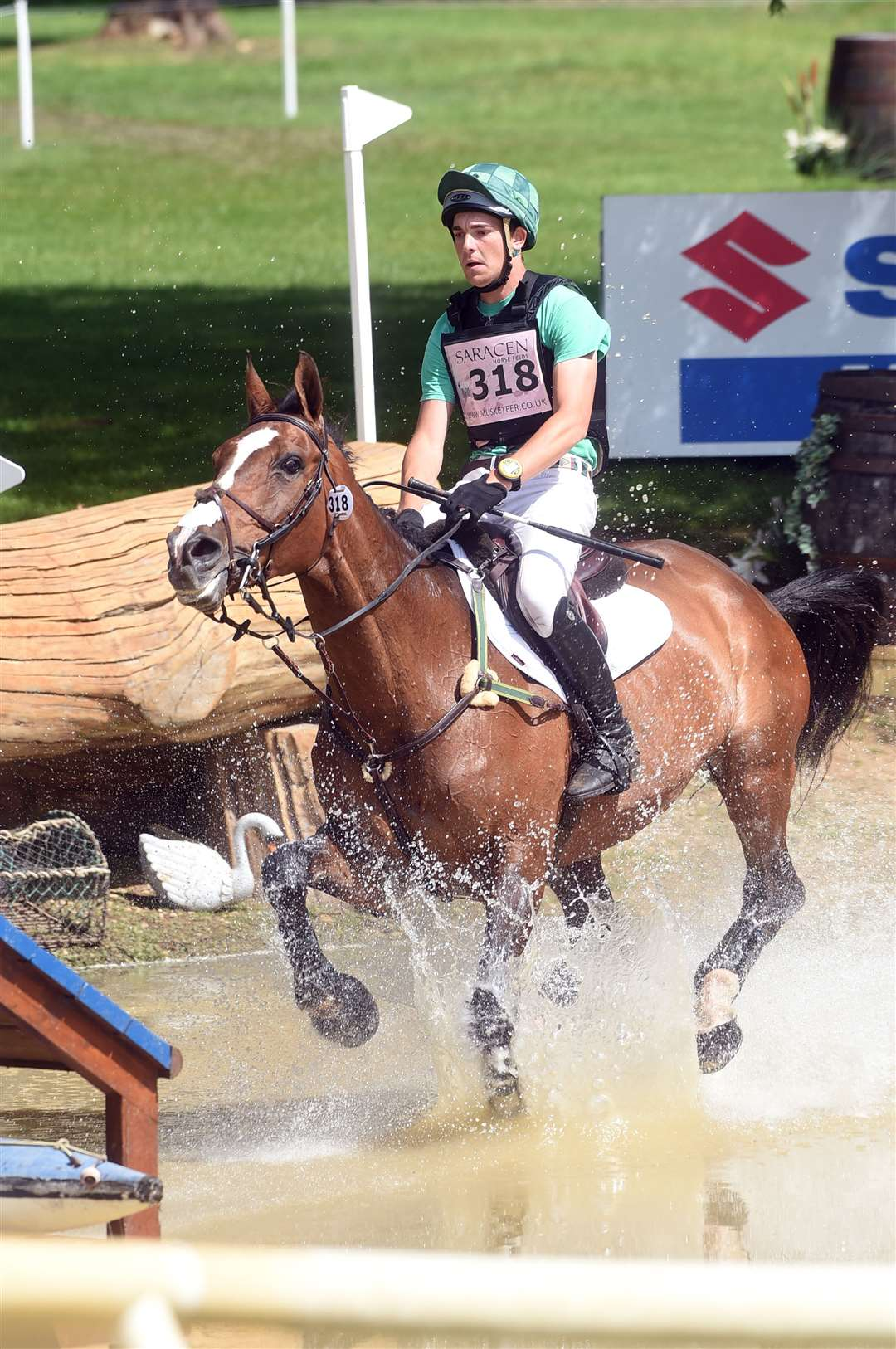 Houghton Horse Trials..Max Warburton riding Calador. (11187894)