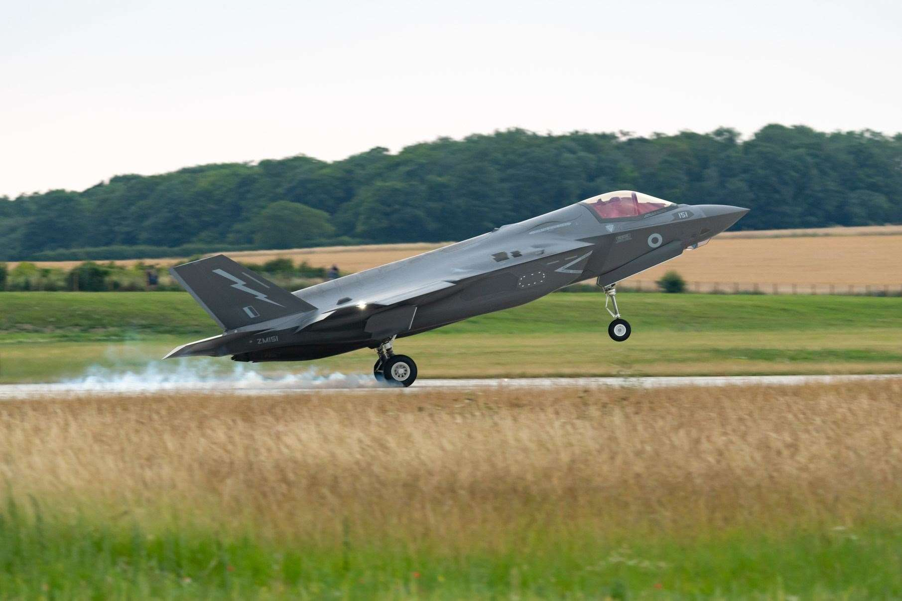 F35 B Lightning II Aircraft of 207 Squadron arrive at their new home RAF Marham after crossing the Atlantic from Beaufort USA. OC207sqn Wg Cdr Scott Williams is the first jet to touch down.. (13934360)