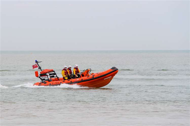 Two cut off by tide after swimming to Brancaster island