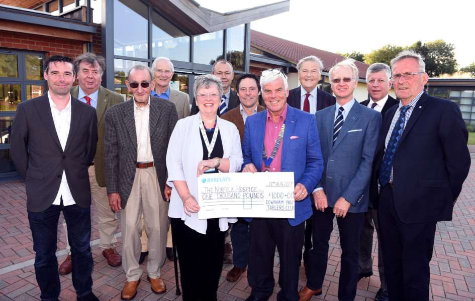 �1000 Cheque presentation to The Norfolk Hospice Tapping House by Downham Past Tablers Club holding the cheque Celia McAteer and Richard Mann