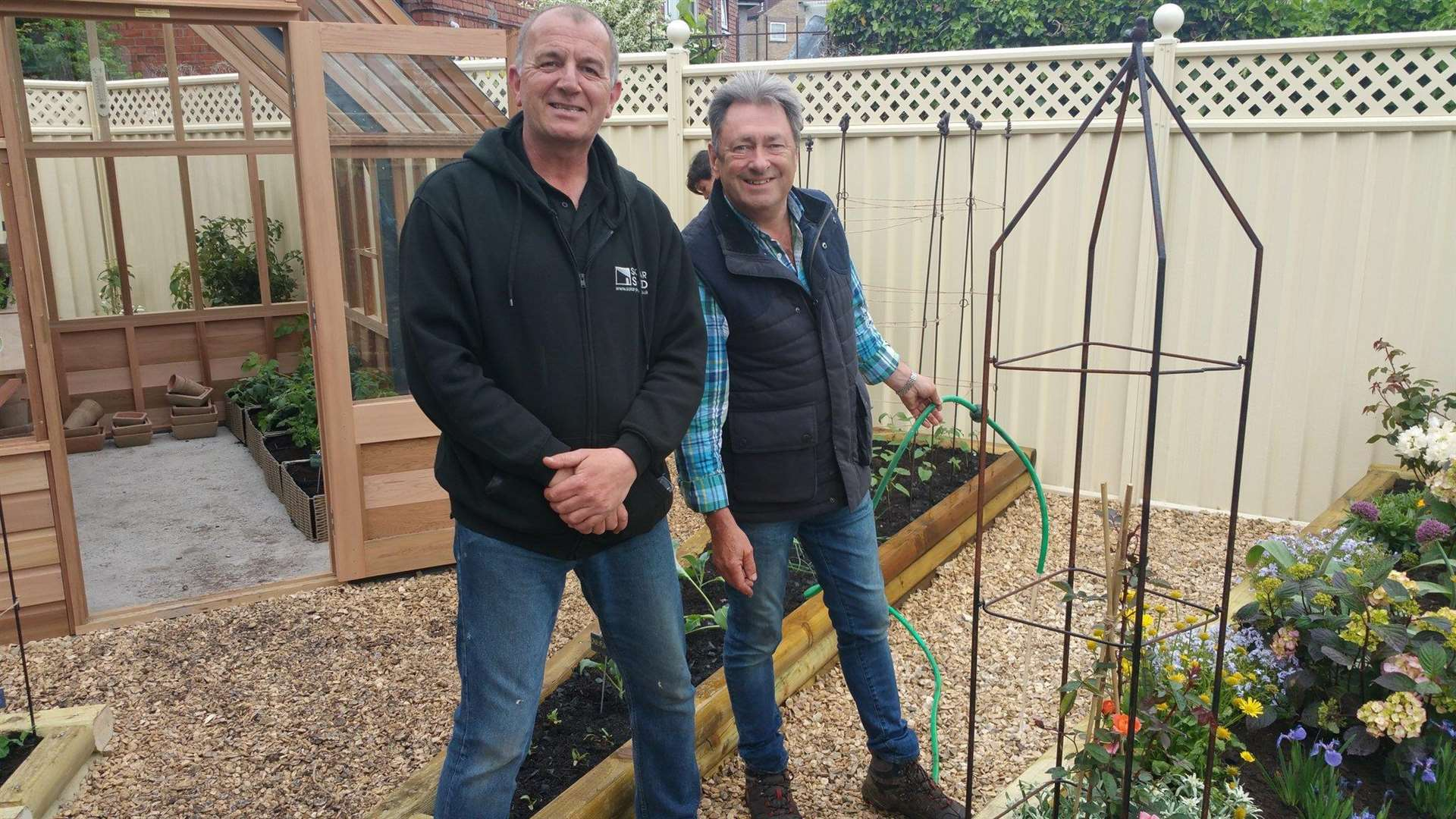 Kevin Holland and Alan Titchmarsh (3608643)