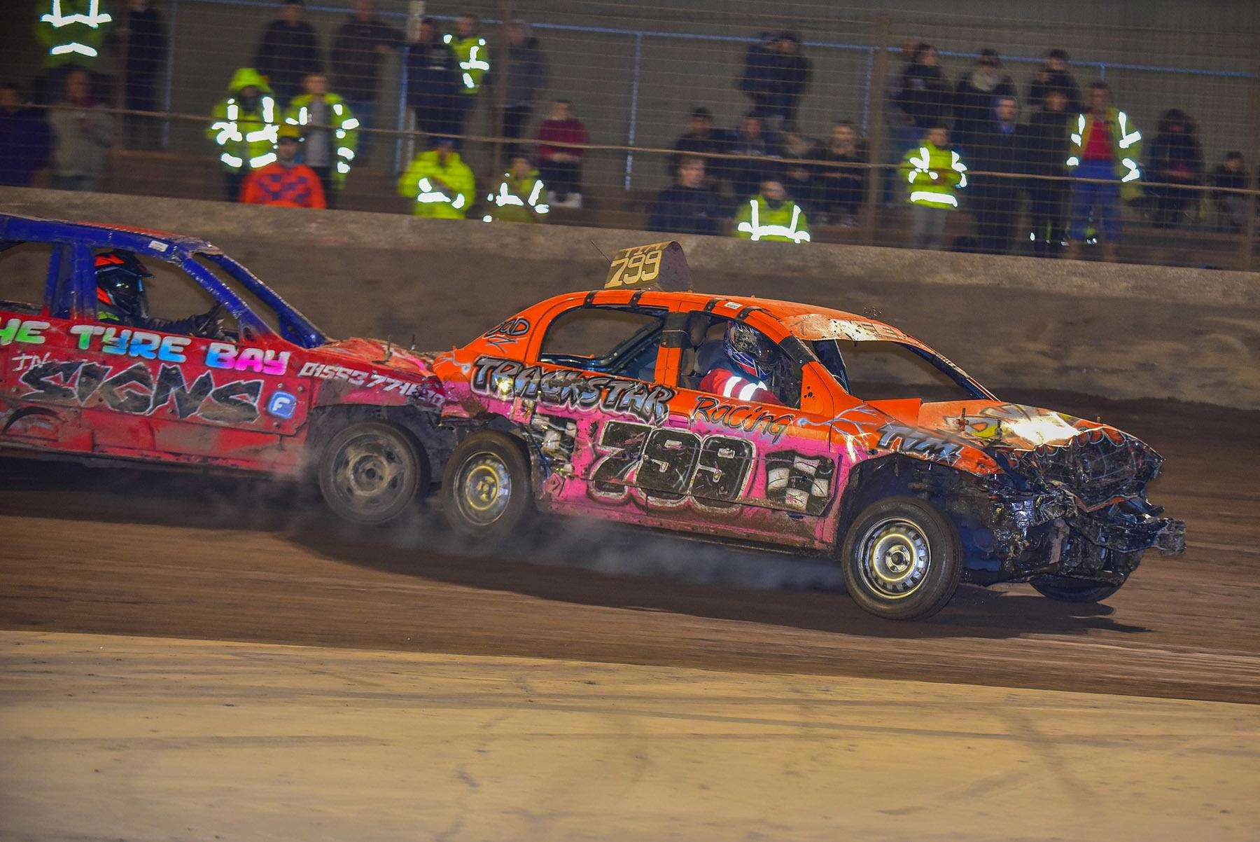 STB'S Time Rees (799) is chased by the Predator's Kieran Bowman – two drivers who are expected to excel in the 1500cc banger East Anglian teams at Lynn on Saturday. (2522797)