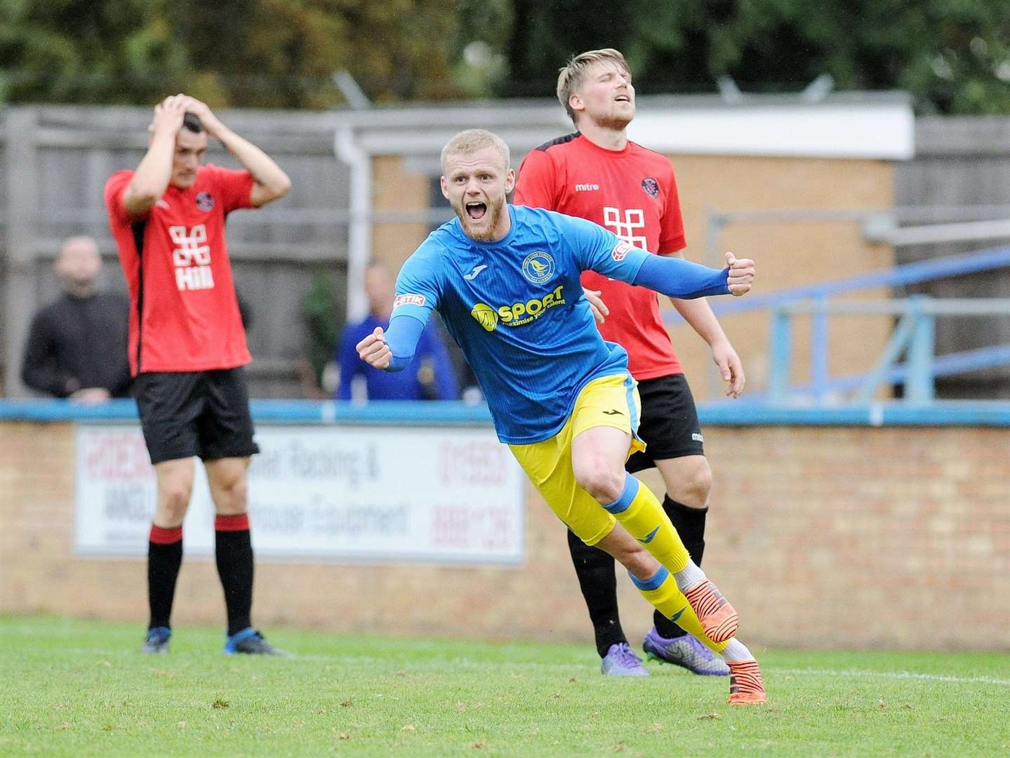 A delighted Frazer Blake-Tracy celebrates after scoring a late equaliser against Histon at The Walks. Picture: TIM SMITH (4049279)