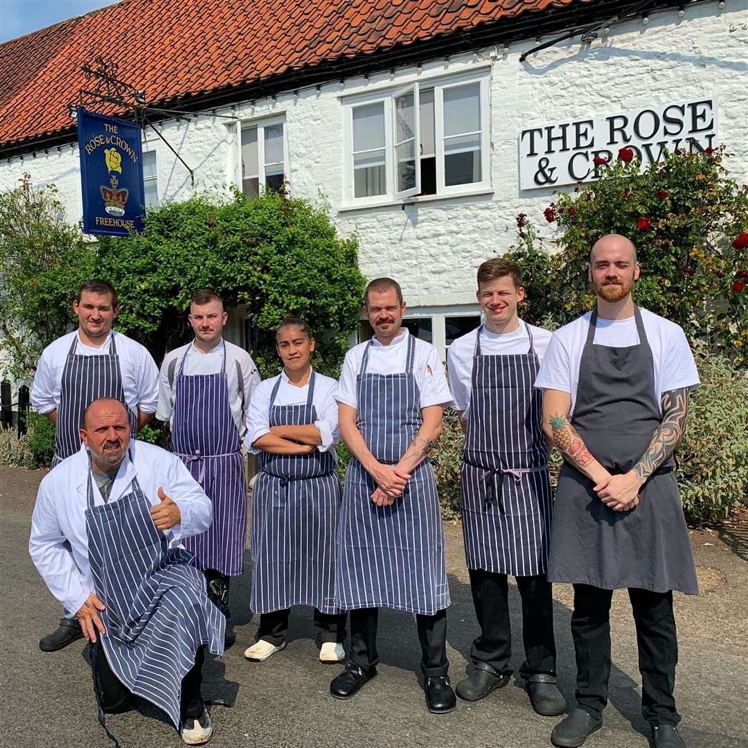 The Rose and Crown kitchen team (16062143)