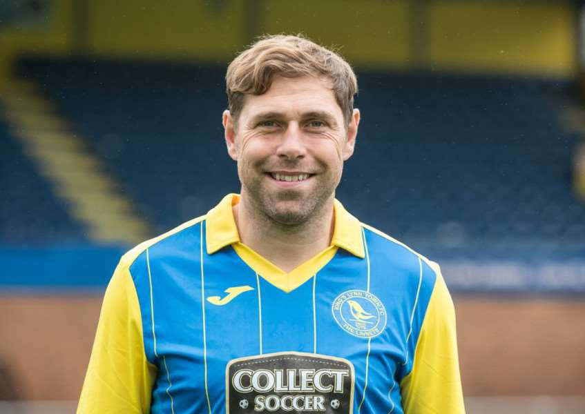 New King's Lynn town signing Norwich City legend Grant Holt.