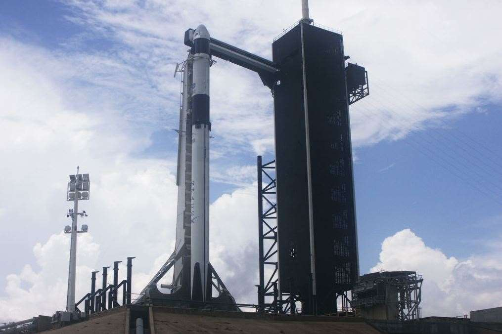 SpaceX Falcon 9 rocket and Crew Dragon before launch was cancelled on May 27. Image credit: NASA TV
