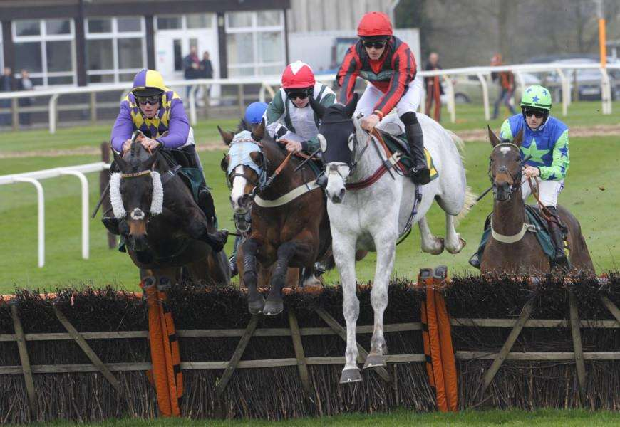 Fakenham Races Saturday Meeting on the 7th April 2018''The 2.15 Race Action