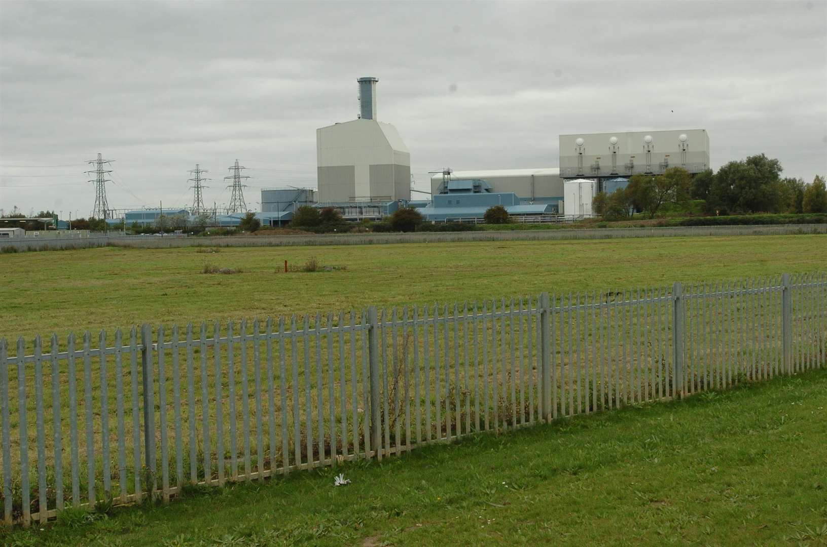Proposals to lease out the land once earmarked for a waste incinerator on the edge of Lynn have been approved today
