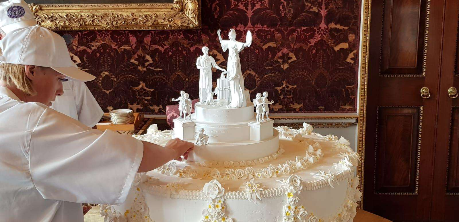 King S Lynn S Smiths The Bakers Recreates Queen Victoria And Prince