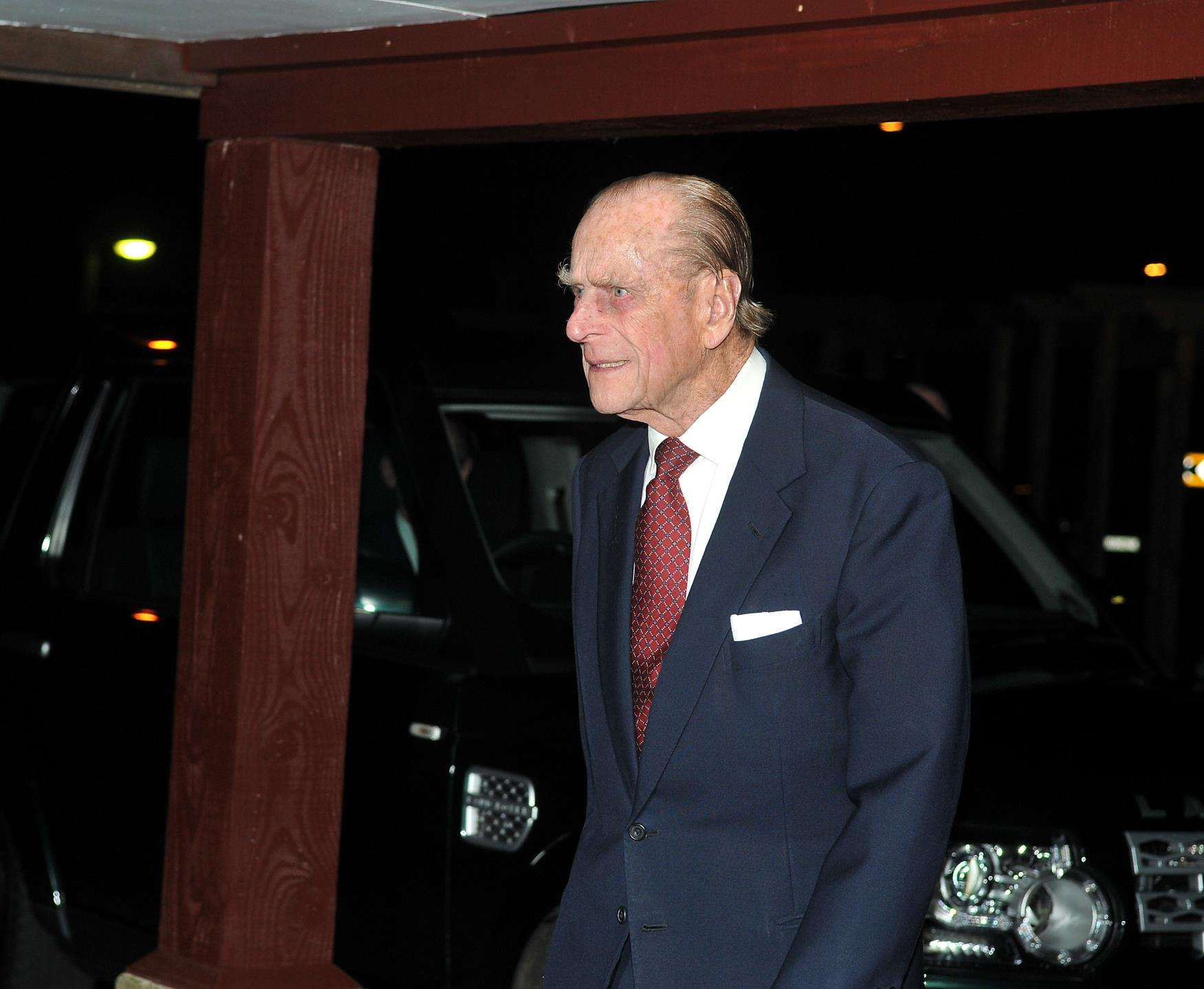 UK's Prince Philip 'voluntarily surrenders' driving licence after crash