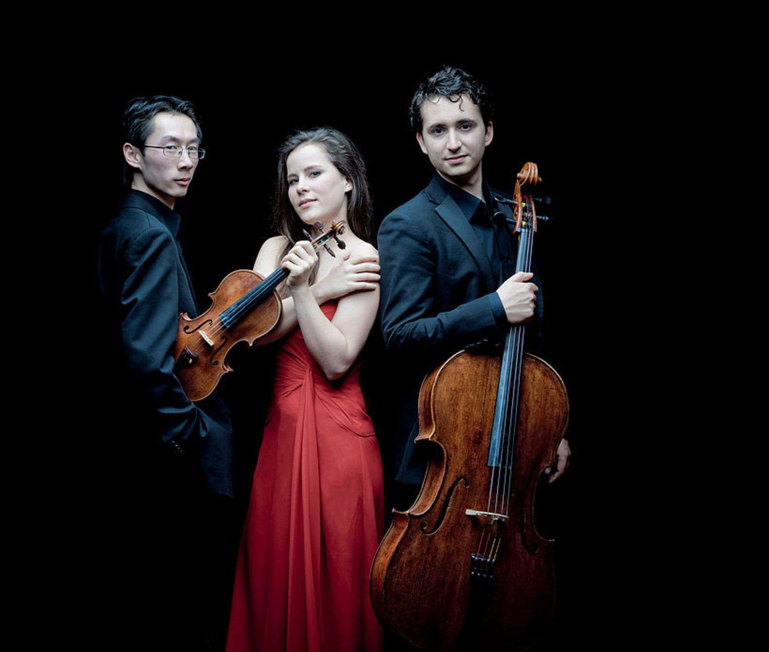 Mengjie Han (piano), Lea Hausmann (violin) and Samuel Shepherd (cello) are the Amatis Piano Trio.Photo by Marco Borggreve.