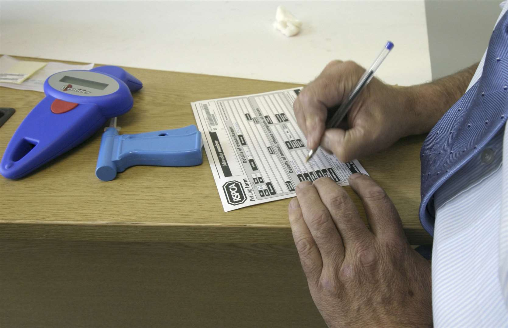 Vets and animal welfare organizations offer a microchip service, among other things, but owners need to make sure the contact details are up to date