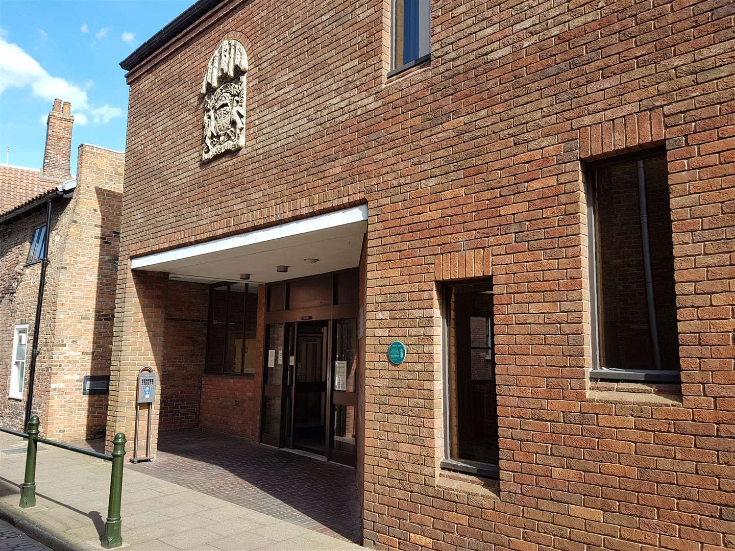King's Lynn Magistrates' Court (39098373)