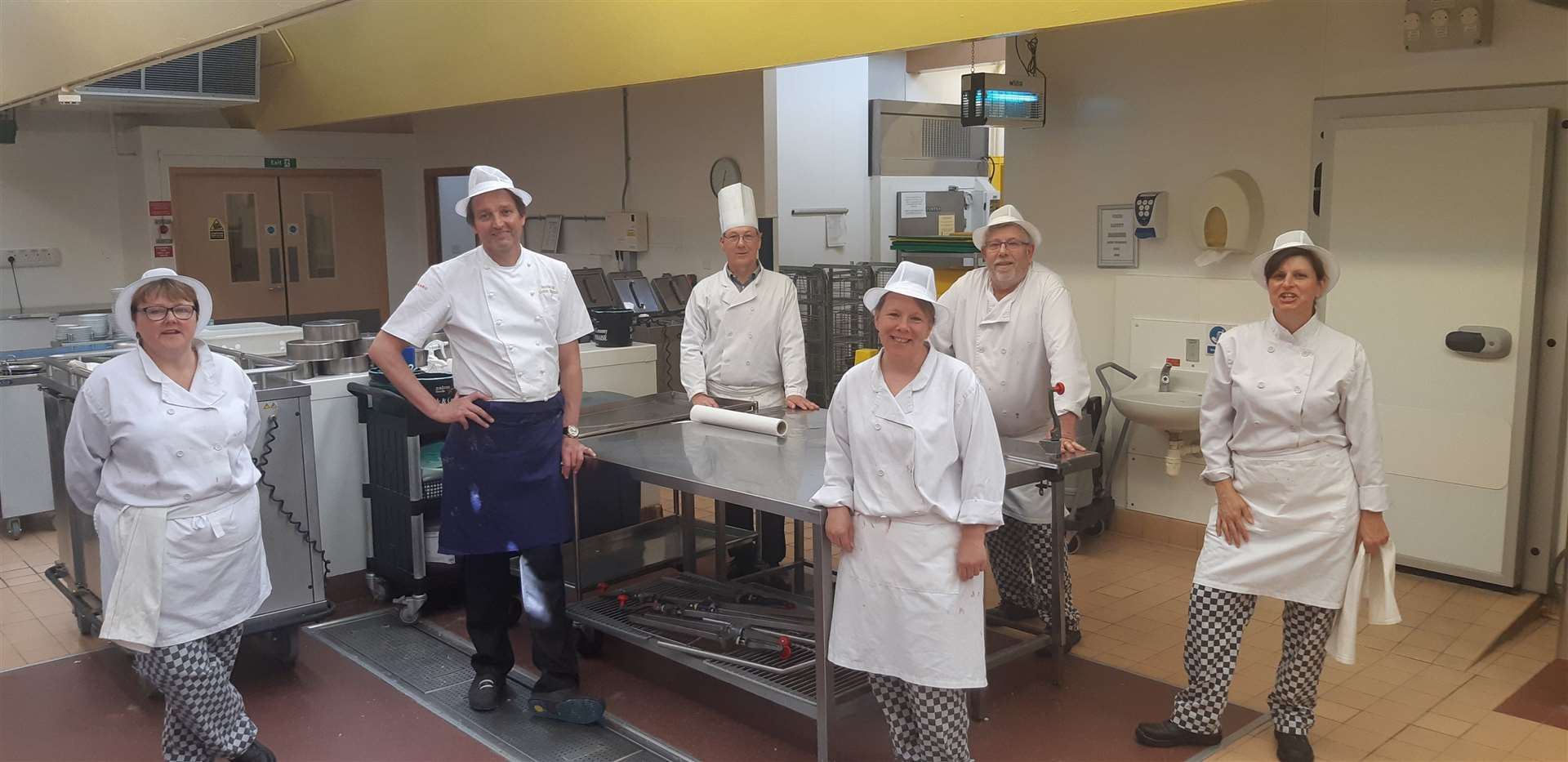 Galton with members of the QEH's catering team (34461818)