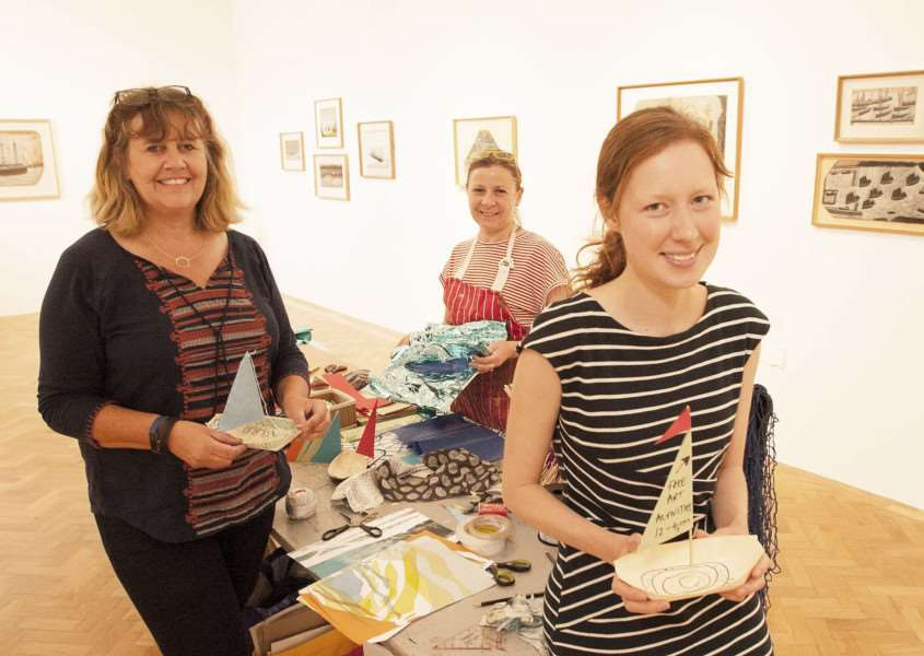 Art Making Afternoon at KL Fermoygallery Arts Centre. Pictured FLtoR Jo Tanmer. Sophie Cullinan. Imogen Phillips.