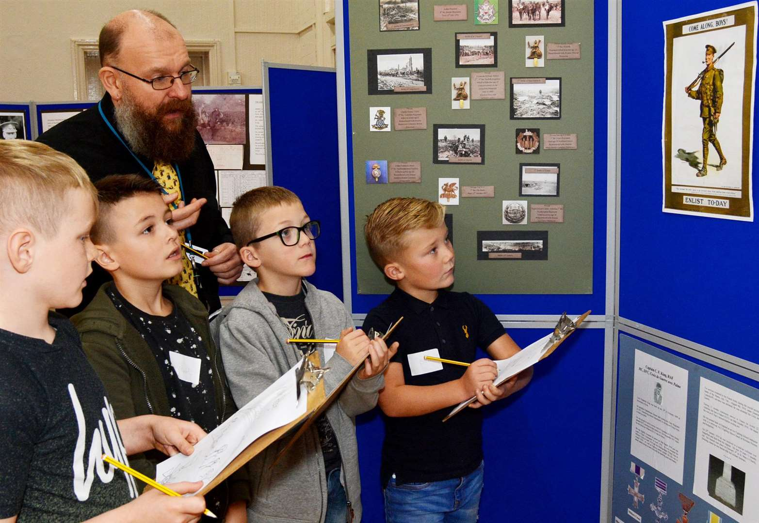 Pupils, from left, Logan Thorpe, Charlie Harris, Callum Gooch and Bobby Williams, with teacher Shane Speck, learn about life in the army 100 years ago (5526988)