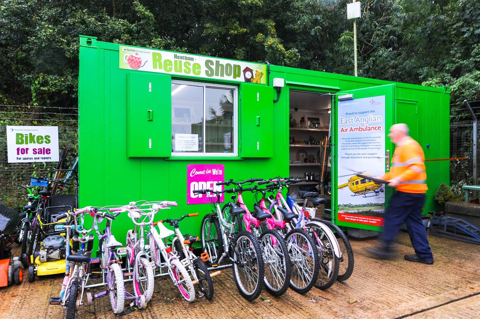 The new reuse shop at Heacham's recycling centre (17507112)